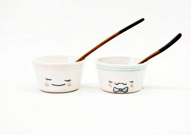Boles blancos de cerámica hechos a mano